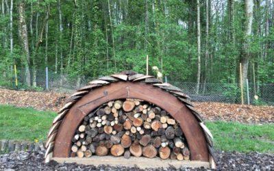 Abri à bois pour le jardin.